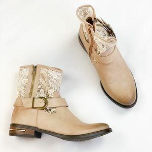 Vangelo Cream & Lace Biker Boot